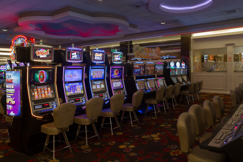 trabajo en el golden palace casino
